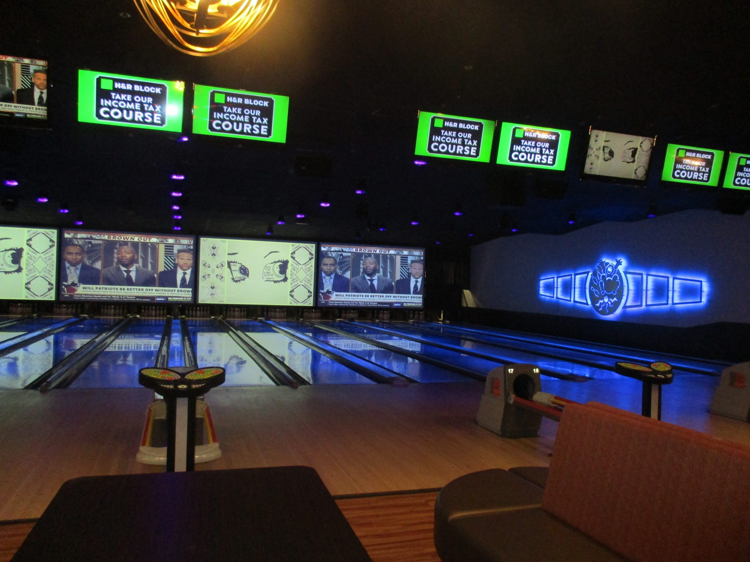 Photo of SpareTIME bowling alley